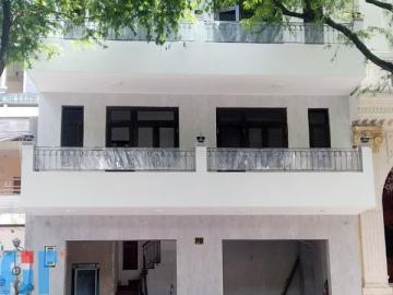 Nhà ở tư nhân 211 Nguyễn Văn Thủ, Dakao, Quận 1